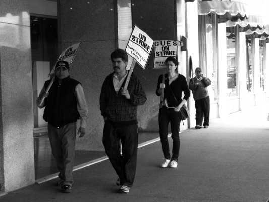 Saskia Janssen, artist, together with union strikers in Chicago 2011